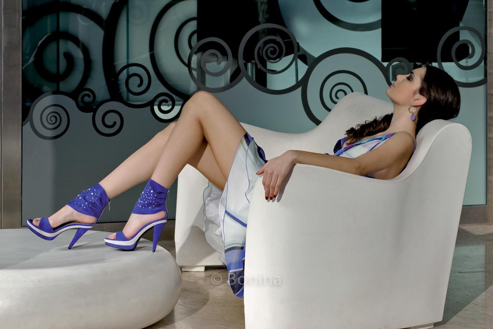 Fashion, shoes and bag, moda, scarpe e borse, clothing, make up, hair stylist, portrait, photomanipulation,